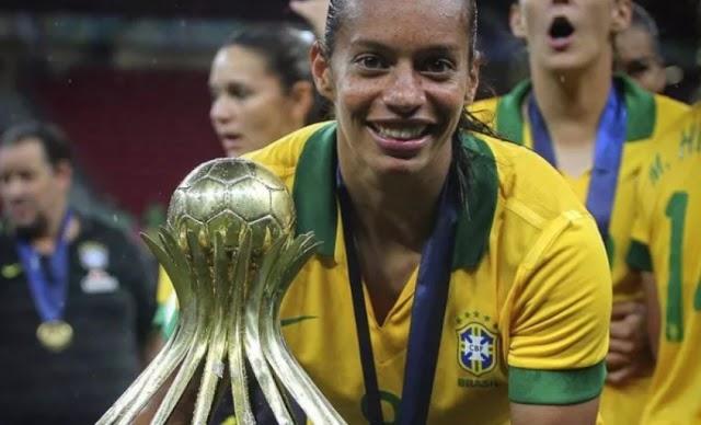 Heroínas do Futebol: Rosana #09