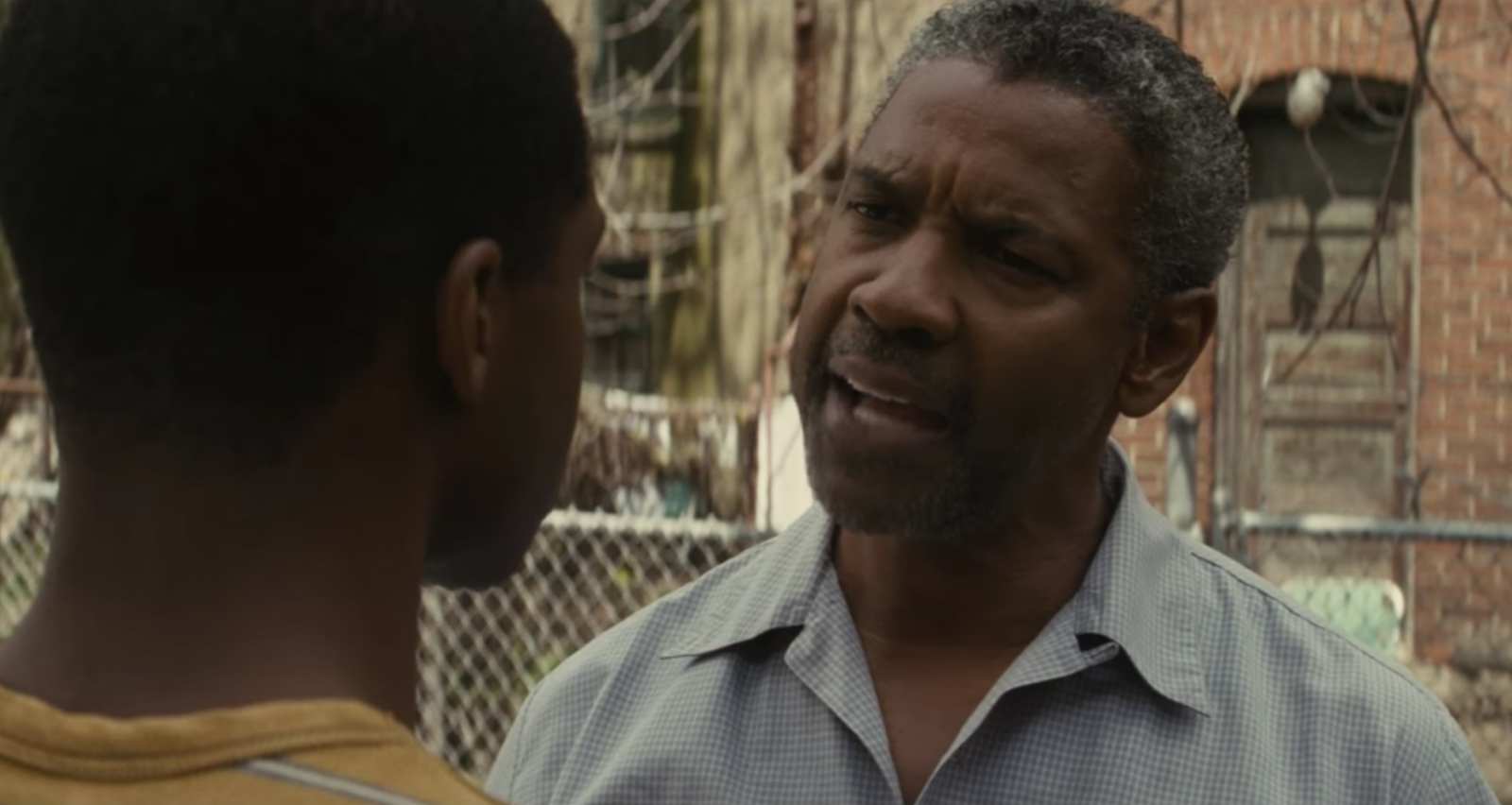 "Viola Davis e Denzel Washington no intenso trailer do drama ""Fences"""