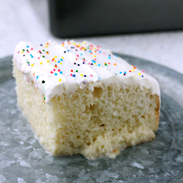 Sweet Cream Tres Leches from LoveandConfections.com #SplashofDelight