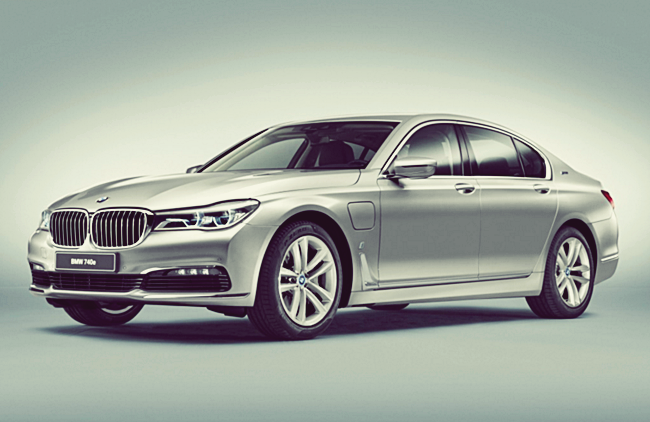 2017 BMW 740e iPerformance Plug-in Hybrid