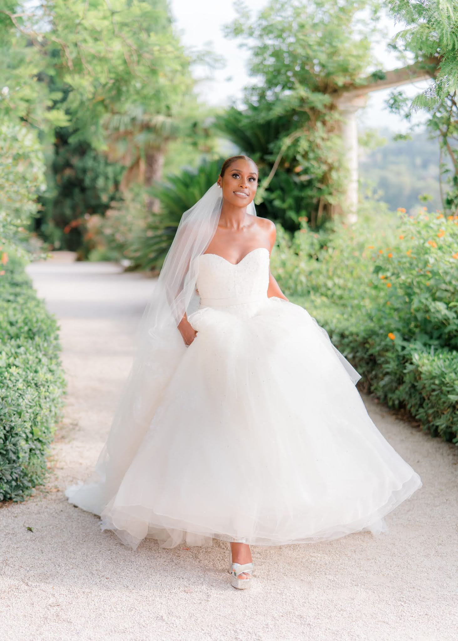 fran acciardo this week's top 10 books weddings and lots of sneakers featuring issa rae wedding dress