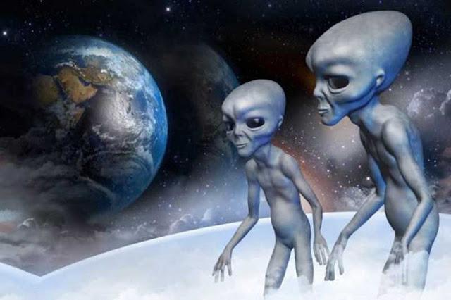 GS. Michio Kaku: Tiếp cận người ngoài hành tinh là một ý tưởng khủng khiếp
