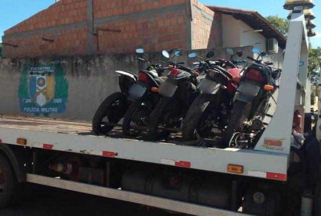 BURITI: Motocicletas apreendidas pela PM são levadas para o pátio do Detran em Araguatins