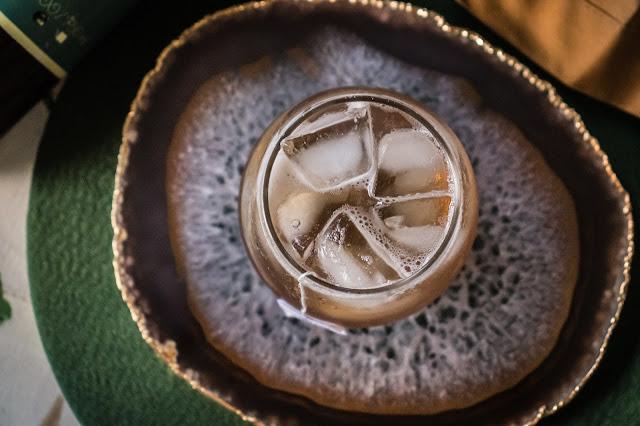 Platter de Ágata Natural na cor marrom
