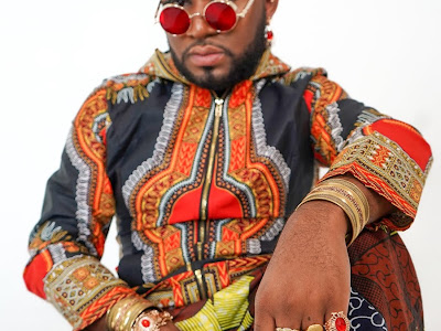 D.bé Jayri launches a new website for his music, shares his biography