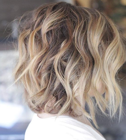 Looking for a new haircut? Trendy-hairstyles-for-women.com offers you a large collection of women hair looks. Our website is a well organized catalog of women hair photos: you can search for women hairstyles by length of hair