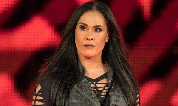 تامينا سنوكا: أنا هي رومان رينز المصارعات وليست نايا جاكس