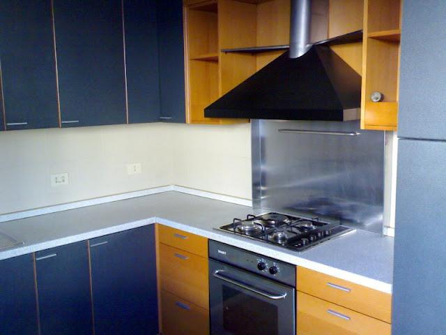 seriate la cucina del trilocale in affitto