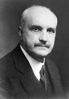 Джордж Сантаяна