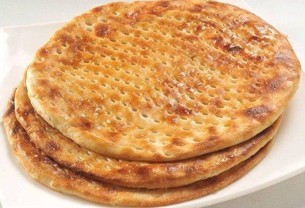 Tamees (Saudi Bread)