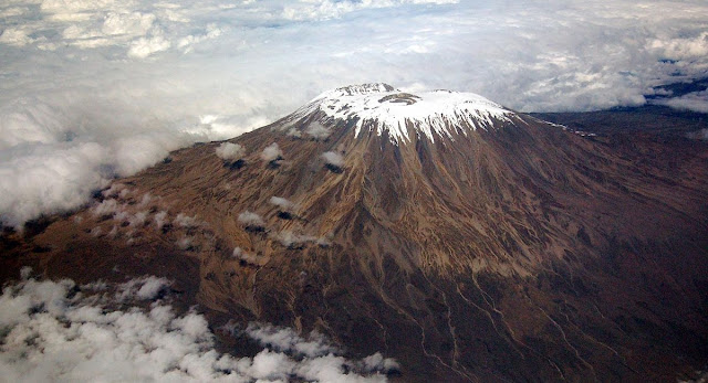 gunung emin