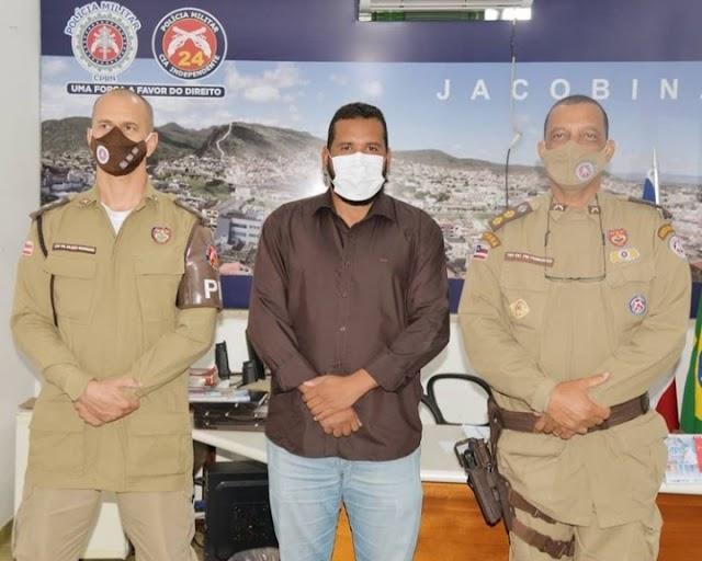 Prefeito Tiago Dias visita o Comadante da 24ª CIPM em Jacobina o Ten.Cel.Reinaldo Fernandes e o Sub.Comandante.Capitão Juliano