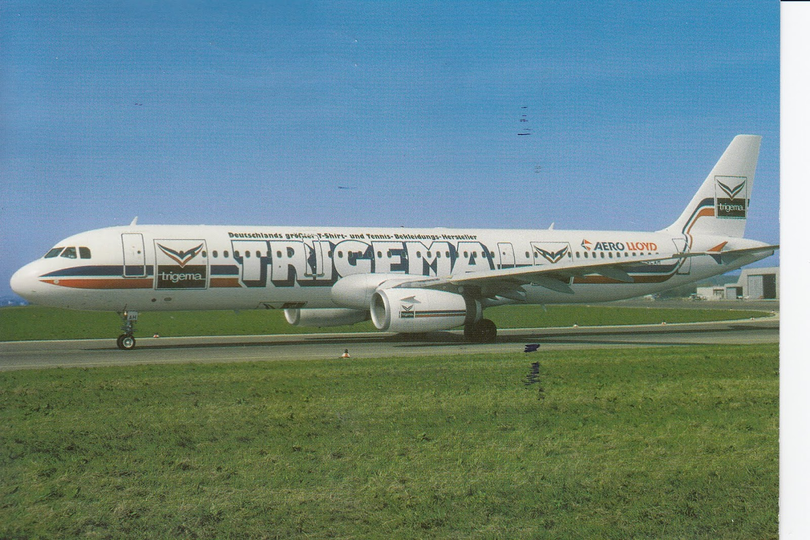 Airline Airbus issue postcard Qingdao Airlines Airbus A320