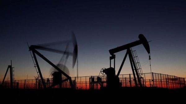 Aumenta precio del crudo tras ataque iraní a bases de EE.UU.