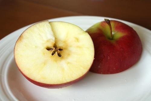 每個蘋果都埋藏着一顆星