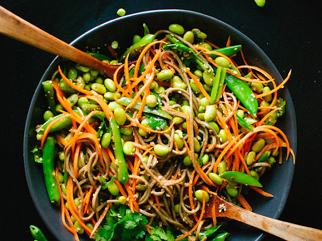 Rice noodles with vegetables and aromatic sesame oil - Gluten Free Recipes