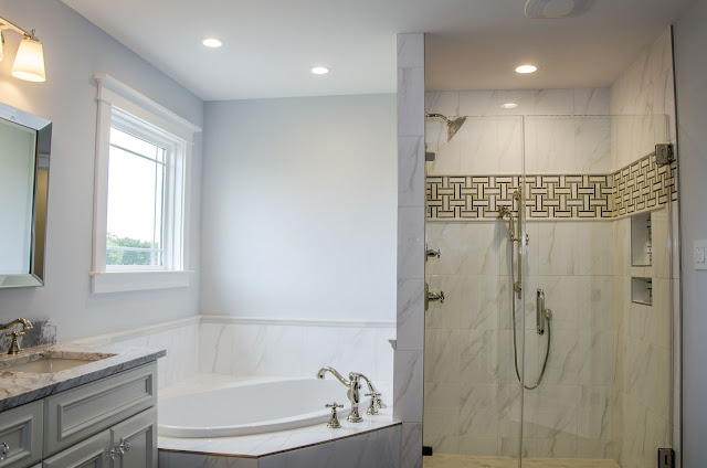 small bathroom design ideas with tub and shower