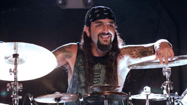 Mike Portnoy Hay bandas progres aburridas de ver en vivo