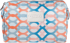 catrice-travel-de-luxe-cosmetic-bag-open-picture-preview