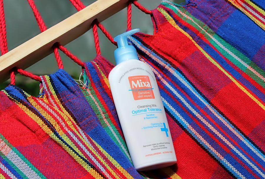 Молочко для снятия макияжа с экстрактом розы Mixa Optimal Tolerance Cleansing Milk / обзор, отзывы