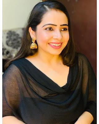 Surabhi Tiwari photo