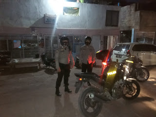 Jaga Sitkamtibmas Kanit Sabhara Polsek Curio Bersama Bhabinkamtibmas Rutin Patroli