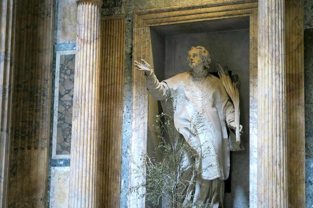 A Pantheon Statue