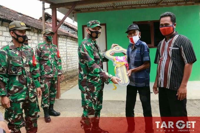 Soliditas TNI, Akhirnya Dandim Pati Serahkan Secara Simbolis Kunci Rumah Mbah Dadiguno