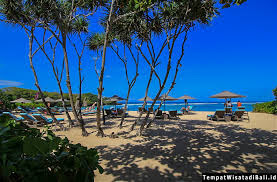 s tourist finish beaches inward Bali Republic of Indonesia BeachesinBali; Nusa Dua Beach Bali