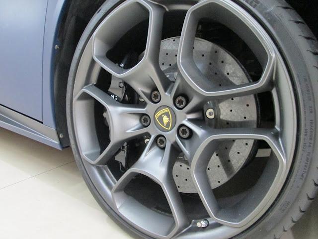 ARMS亞墨斯 車體專業包膜 專營大燈改色 內裝修復 車體變色 車身設計 創意彩繪貼 本店使用 3M 1080 車用貼膜 非外面號稱3M卻使用大陸膜料