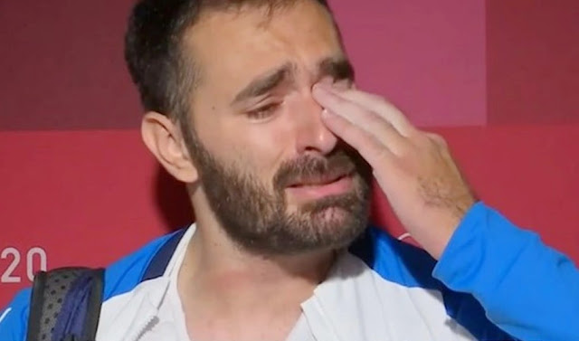 τα δάκρυα του Ιακωβίδη...(Βίντεο)