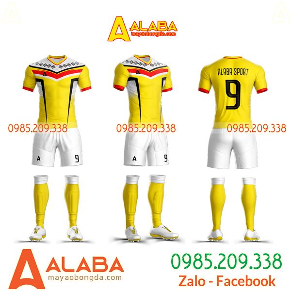 Áo bóng đá tự thiết kế lạ