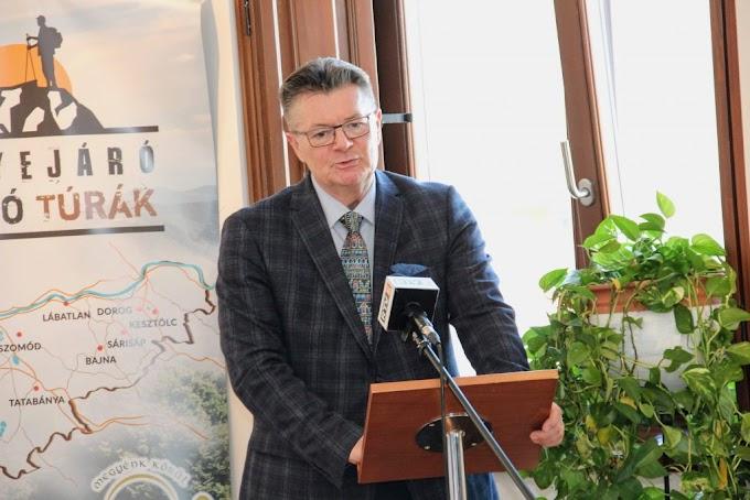 Dr. Tittmann János Dorog polgármestere