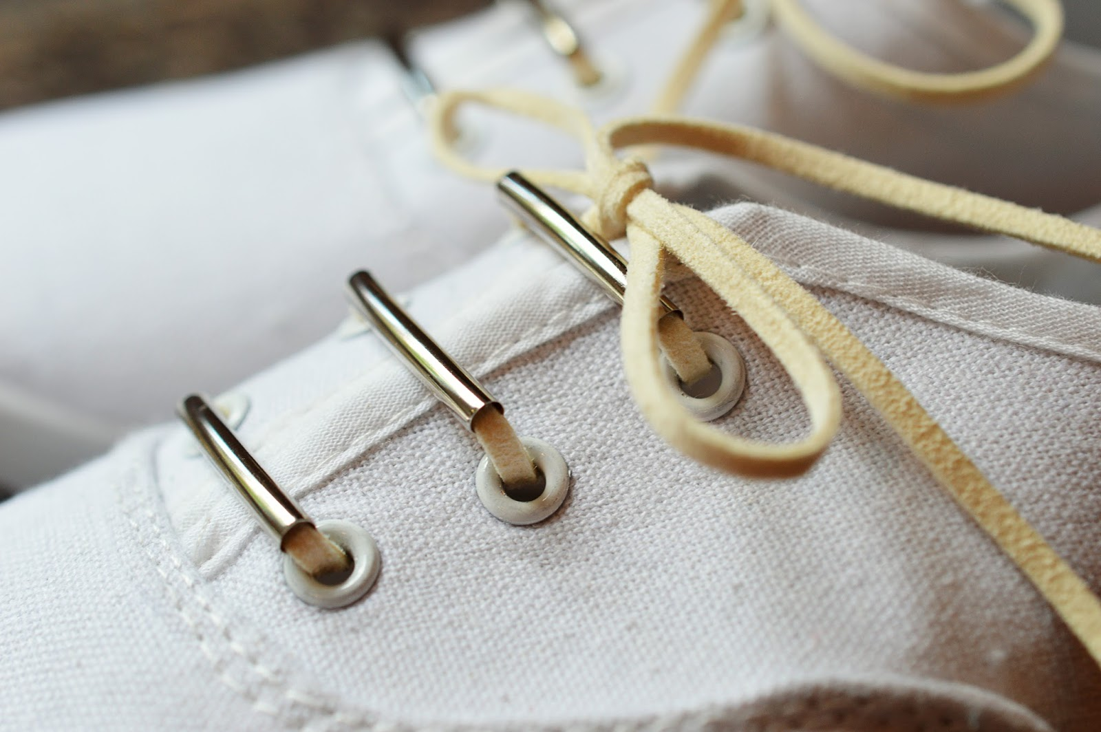 DIY Beaded Shoe Laces | Motte's Blog