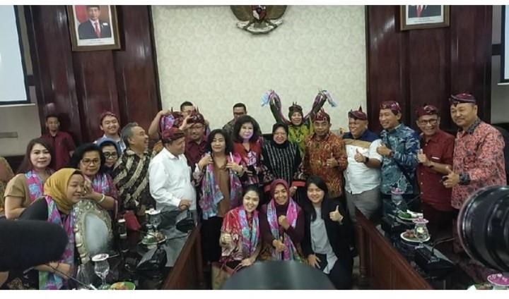 Surabaya Banjir, Dimana 24 Anggota DPRD Jakarta yang Belajar Tangani Banjir ke Risma?