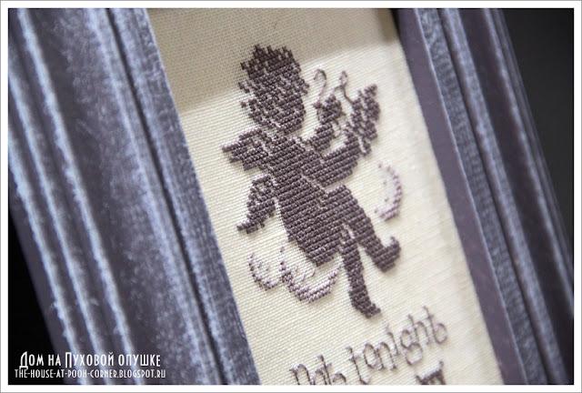 Вышивка на тему вышивки )  Ангелок вышивает