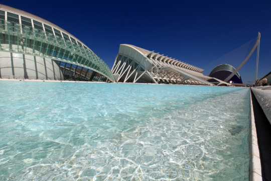 'CienciaMix', 'Las Nocturnas de verano' y 'Las Noches del Oceanogràfic' conforman una oferta única para este puente en la Ciutat de les Arts i les Ciències