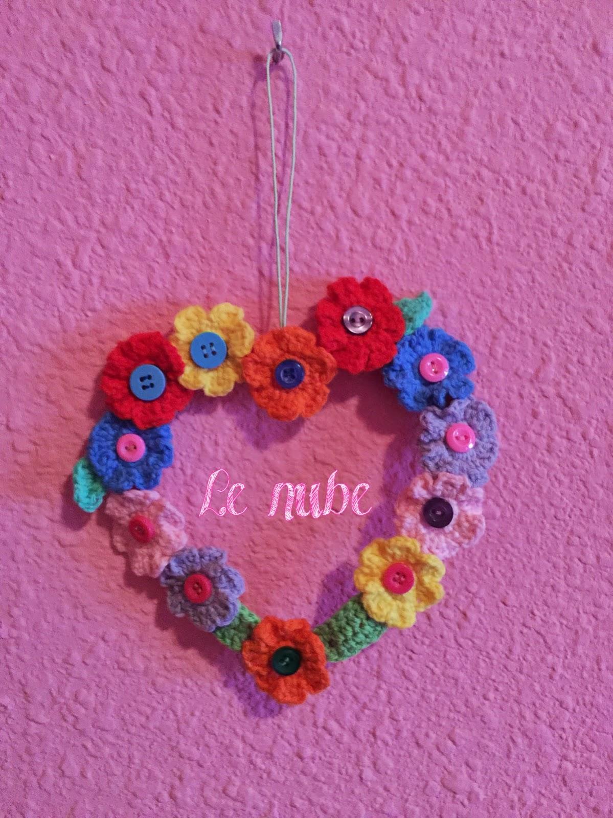 Corazón de flores a Crohet para San Valentín