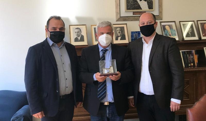 Συνάντηση του Δημάρχου Διδυμοτείχου Ρωμύλου Χατζηγιάννογλου με τον Πρόεδρο του Ιδρύματος Ευγενίδου