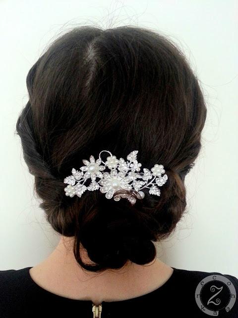 elegancka fryzura z grzebieniem
