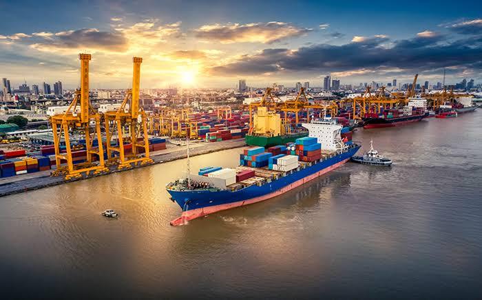 Arrow, BRS, Maersk Broker y SSY se inscriben a una plataforma de financiación alternativa