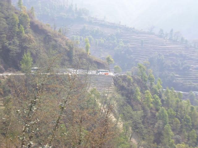 Bus Dari kathmandu ke phokara