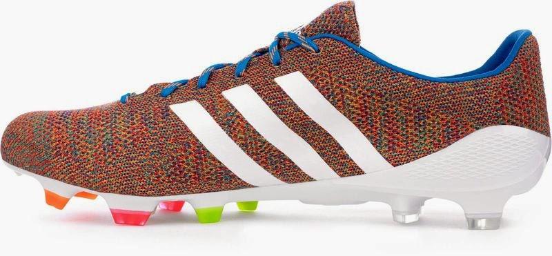 a9e27317716d В феврале 2014 года, за неделю до выпуска тканевых бутс Nike Magista Obra,  компания Adidas представила свои футбольные бутсы Adidas Samba Primeknit.