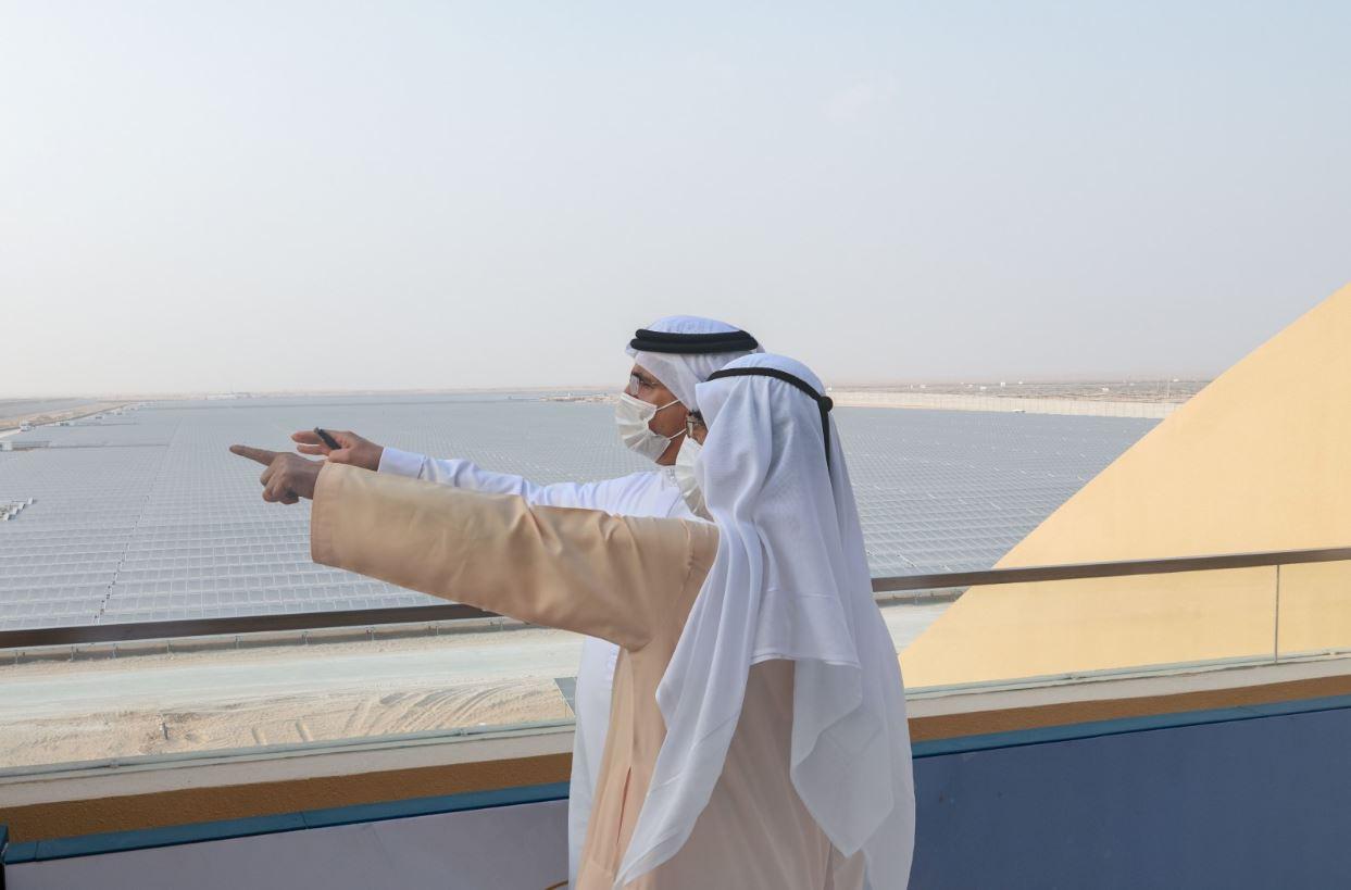 خلال افتتاح أكبر مجمع للطاقة الشمسية محمد بن راشد الجميع ينجح ويربح في دبي Dubai والقادم دائما أجمل وأعظم