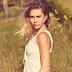 """Pela prévia, """"Malibu"""", da Miley Cyrus, soa animadora (e não tem nada de country)"""