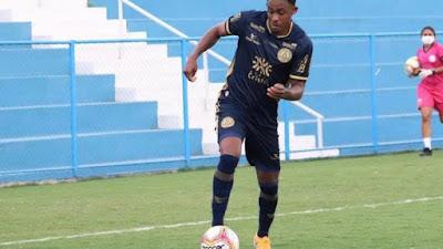Com 20 gols na temporada 2020/2021, Alex Henrique quer foco total em classificação da Aparecidense