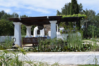 chill out Ibiza, paisajismo en Ibiza, chill out Ibiza, arquitectura payesa, arquitectura blanca