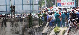 Bí ẩn xác chết trẻ em bị tháo khớp chân ở dưới kênh nước  - Đồng Nai