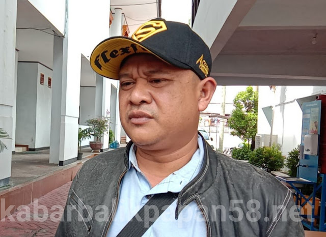 Komisi III DPRD Balikpapan Taufiq Qul Rahaman,Secara Pribadi Membatu 10 Unit HP Andrid