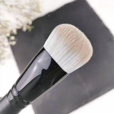 brocha base maquillaje